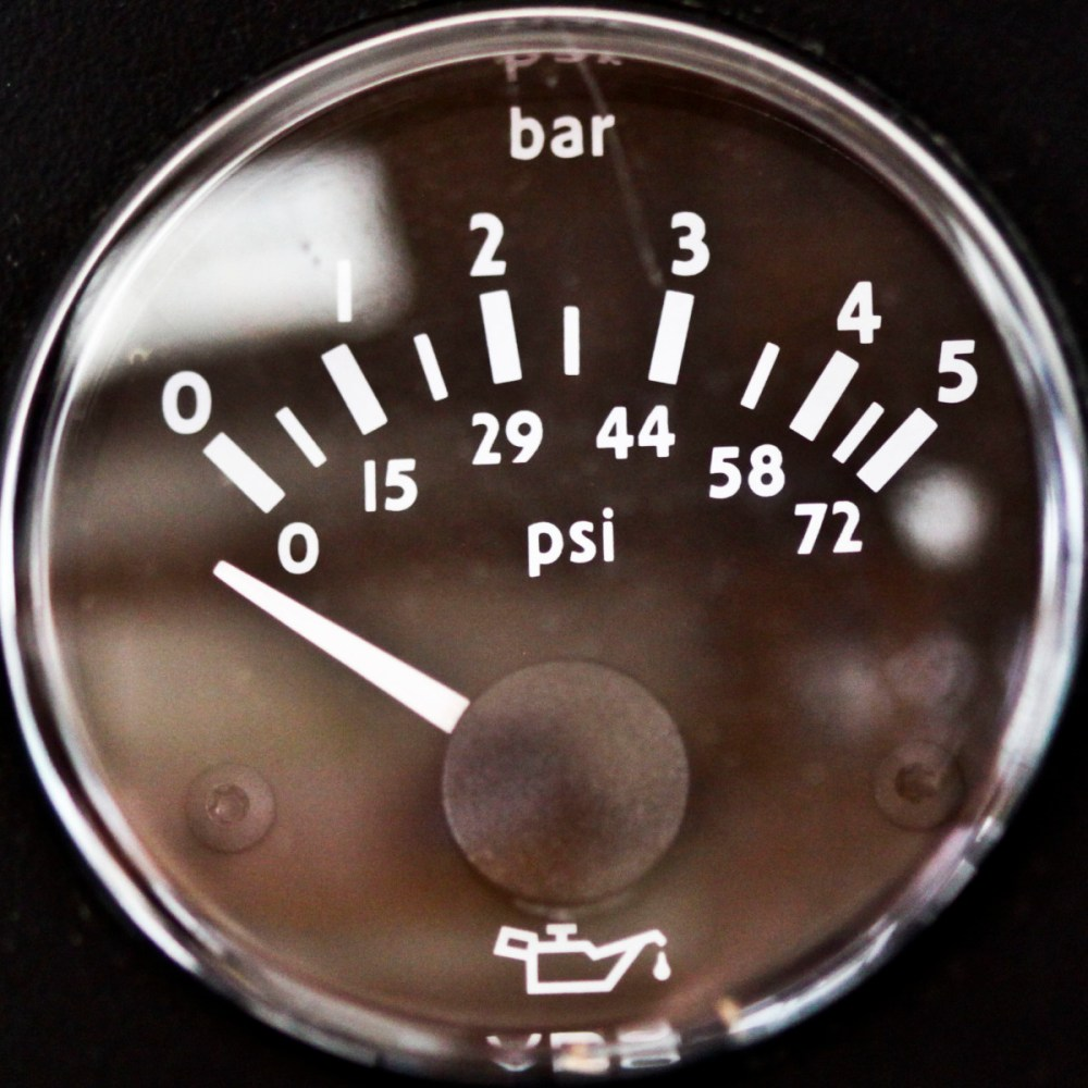 medium resolution of what causes low engine oil pressure