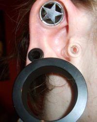How to Stretch Your Ear Piercing to a Larger Gauge | TatRing