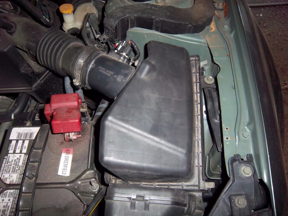 medium resolution of how to replace the air filter in a 2006 nissan altima step by step with pictures