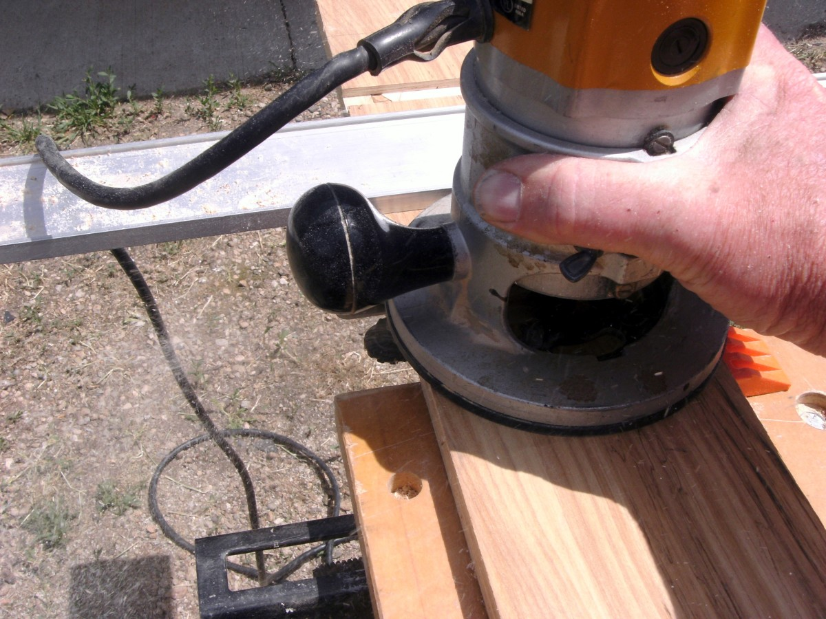 How to Use a Router Power Tool  Dengarden
