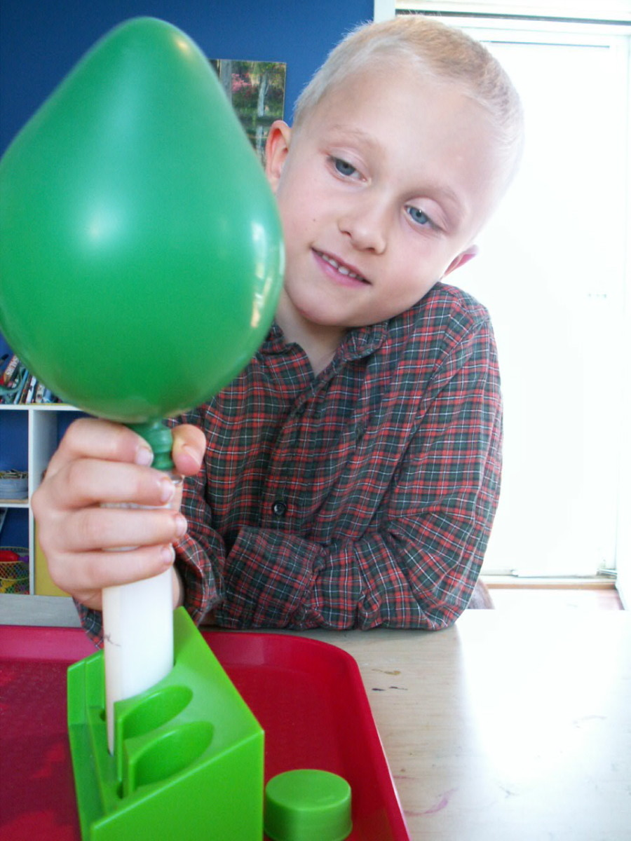 5 Hands On Experiments To Teach Kids About Chemical