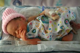 My daughter in the NICU was so well cared for! We were happy to leave some newborn pajamas for other families in need of them Source: © I Am Rosa
