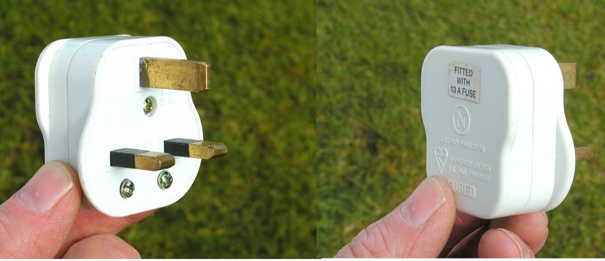 How To Change A Three Pin Plug Uk Plugs Youtube