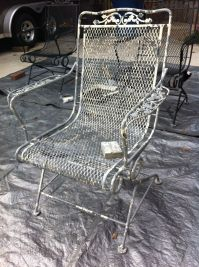 DIY: How to Paint a Vintage, Wrought Iron Chair   Dengarden