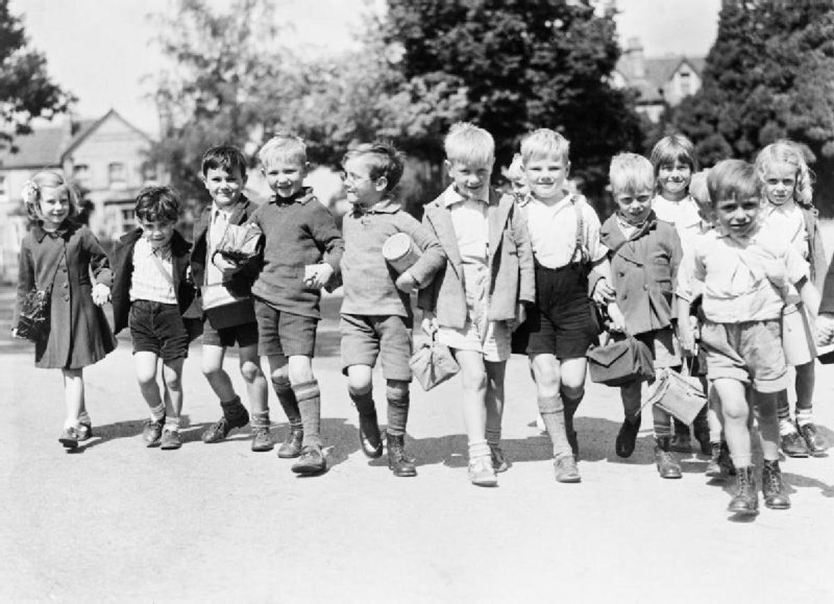 Displaced Children Victims Of Ww2