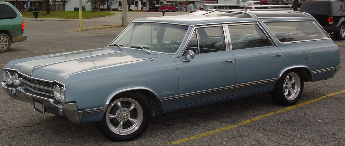 1963 Oldsmobile Vista Cruiser