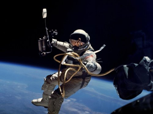 small resolution of nasa project gemini space suit