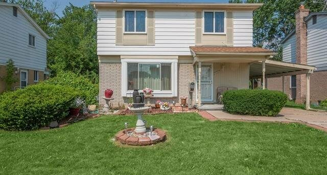House for sale in shelby township mi
