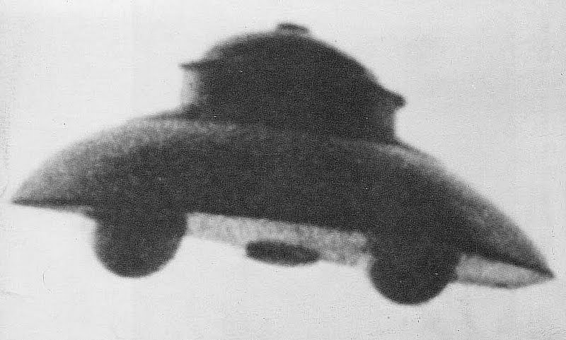 Adamski type UFO - Raumflug - Vril Thule SS Ahnenerbe - Occult History of the Third Reich - Peter Crawford