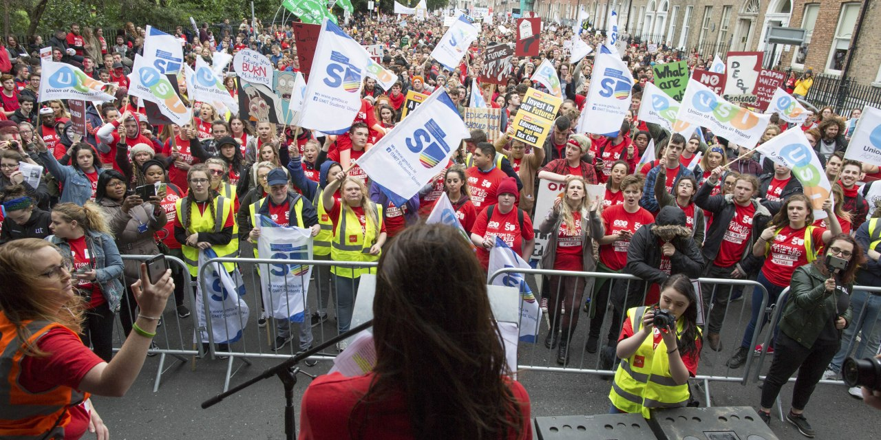 20,000 Students March For Publicly Funded Third-Level Education