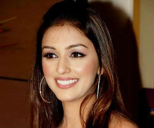 Aarti Chabria Tickets Aarti Chabria Live Concert Amp Tour