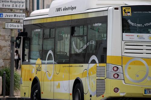 A Yelo bus