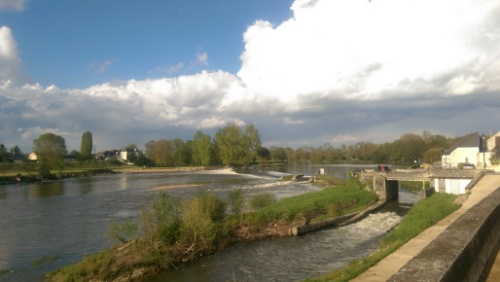 Savonnières, the other side of the bridge from Chat Courant