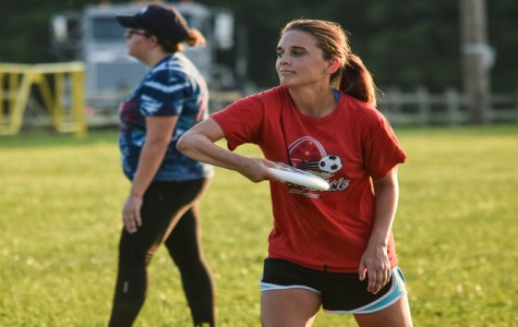 'The spirit of the game': Women's ultimate frisbee prepares for fall season