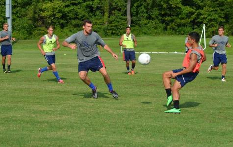 Men's soccer kicks it into high gear
