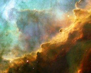 Tässä ikonilta vaikuttavassa kuvassa on kaasupilvi, joka koostuu vedystä, hapesta ja rikistä. Tämän kohteen koodinimi on M17 ja se on ahjo, jossa syntyy uusia tähtiä. Kuva: ESA Hubble.