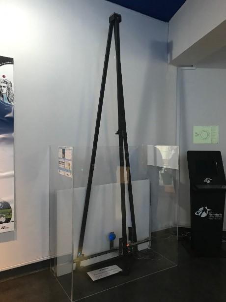 Péndulo instalado en el Museo Naútico de Lisboa, Portugal - Instituto Superior Técnico de Lisboa