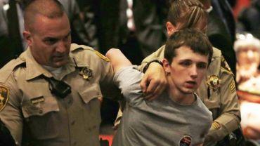 राष्ट्रपति ट्रम्पलाई गोली हानी मार्न खोज्ने युवालाई १ वर्ष १ दिनको जेल सजायँ।