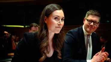 एक्ली आमाले हुर्काएकी सन्ना मारिन बनिन् विश्वकै कान्छी प्रधानमन्त्री