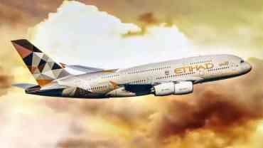 अष्ट्रेलियाबाट दुई जना नेपाली लिएर इतिहाद एयरको जहाज भरखरै काठमाडौं ओर्लियो, विमानास्थलमा जहाजको ढोकासमेत खोल्न दिइएको छैन