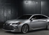 2019 Toyota Avalon Hybrid New Style, Redesign, Improved Efficiency