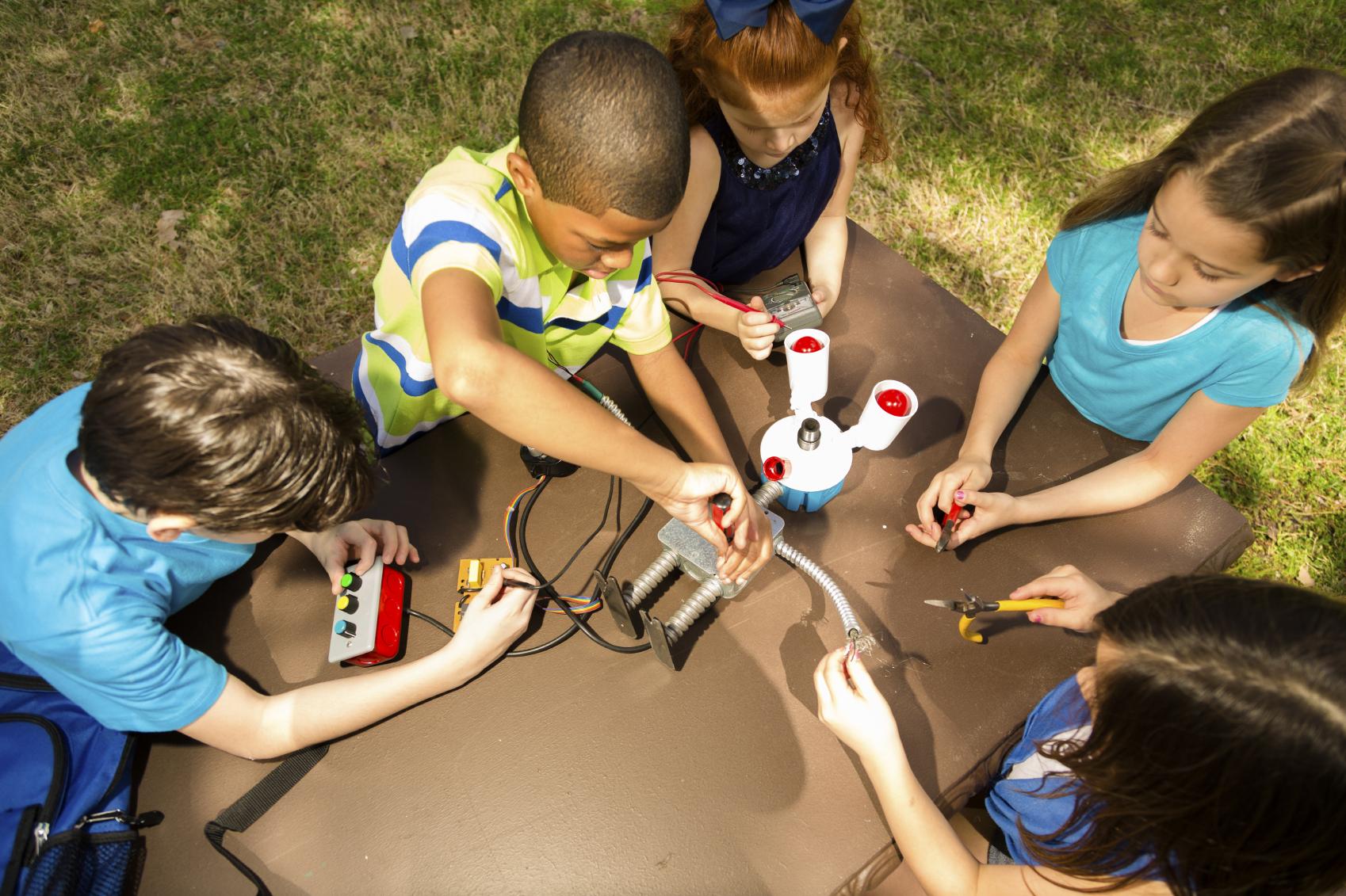 Bringing Stem Education To Underserved Communities  Stem Solutions  Us News