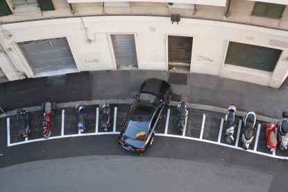 creative parking, Genova, 19 Nov. 2011