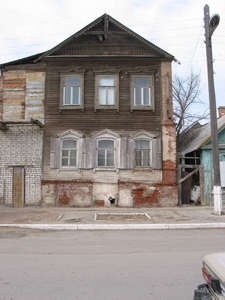 Дом, где в Астрахани жил архиепископ Фаддей  (сейчас ул. Максаковой № 11).