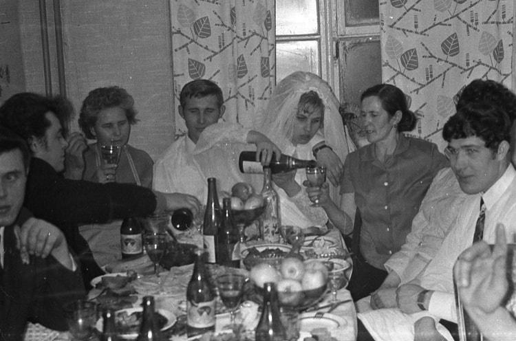 Тест: Сможешь ли ты организовать и пережить советскую свадьбу?