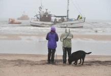 Kuter na plaży fot. H. Bierndgarski