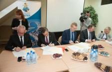 Port morski w Ustce - podpisanie umowy - ustka24.info