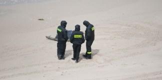 Ciało dziecka znalezione na plaży w Orzechowie - ustka24.info