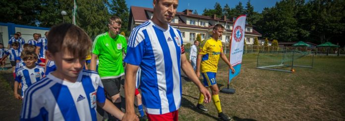 Zawodnicy Jantar Ustka inaugurują nowy sezon piłkarski w IV lidze - ustka24.info