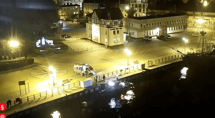 Ranny marynarz zabrany z łodzi w usteckim porcie - ustka24.info
