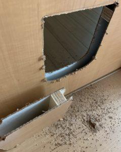 ドアをカットした状態