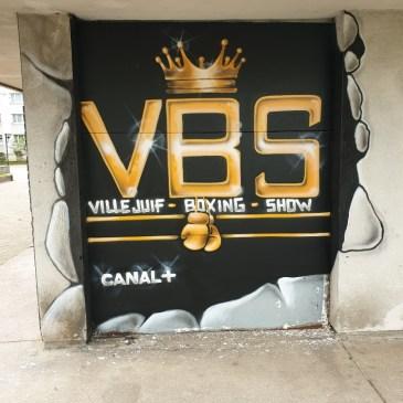 Nouveau tag pour les murs de l Académie des Boxes le VBS 👊 Merci à Rebus notre artiste👏.