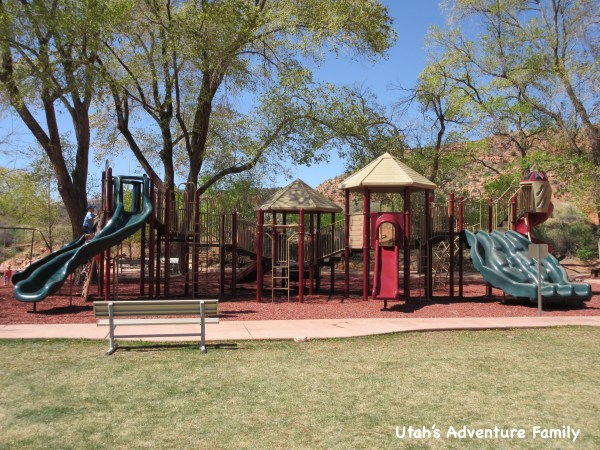 The playground was nice and clean and kids of all ages can enjoy it! There are swings, too.