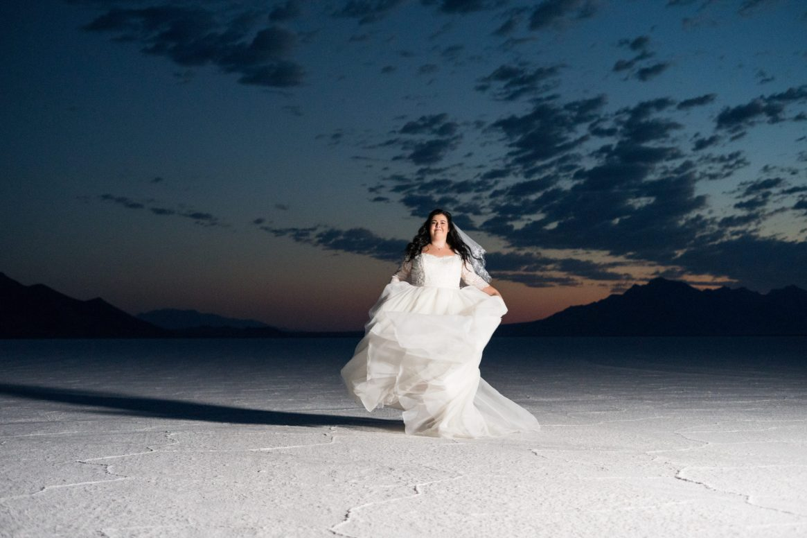 salt flats bridal photo shoot