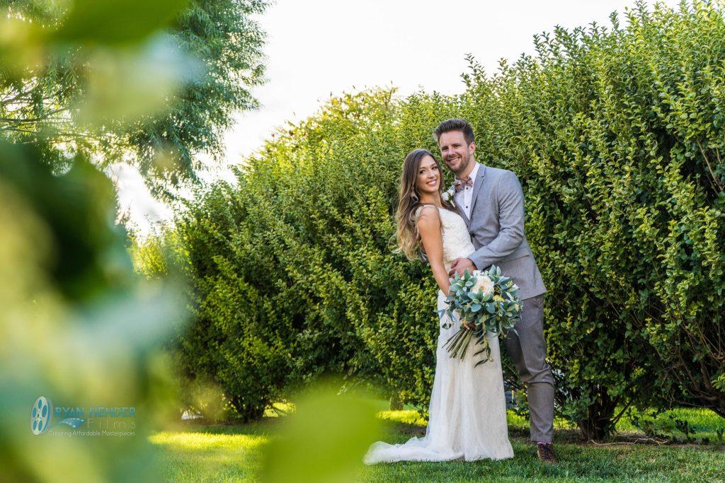 stunning backyard wedding photogrpahy