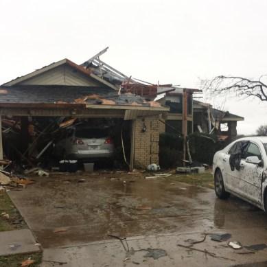 Storms rip through Rowlett, Garland