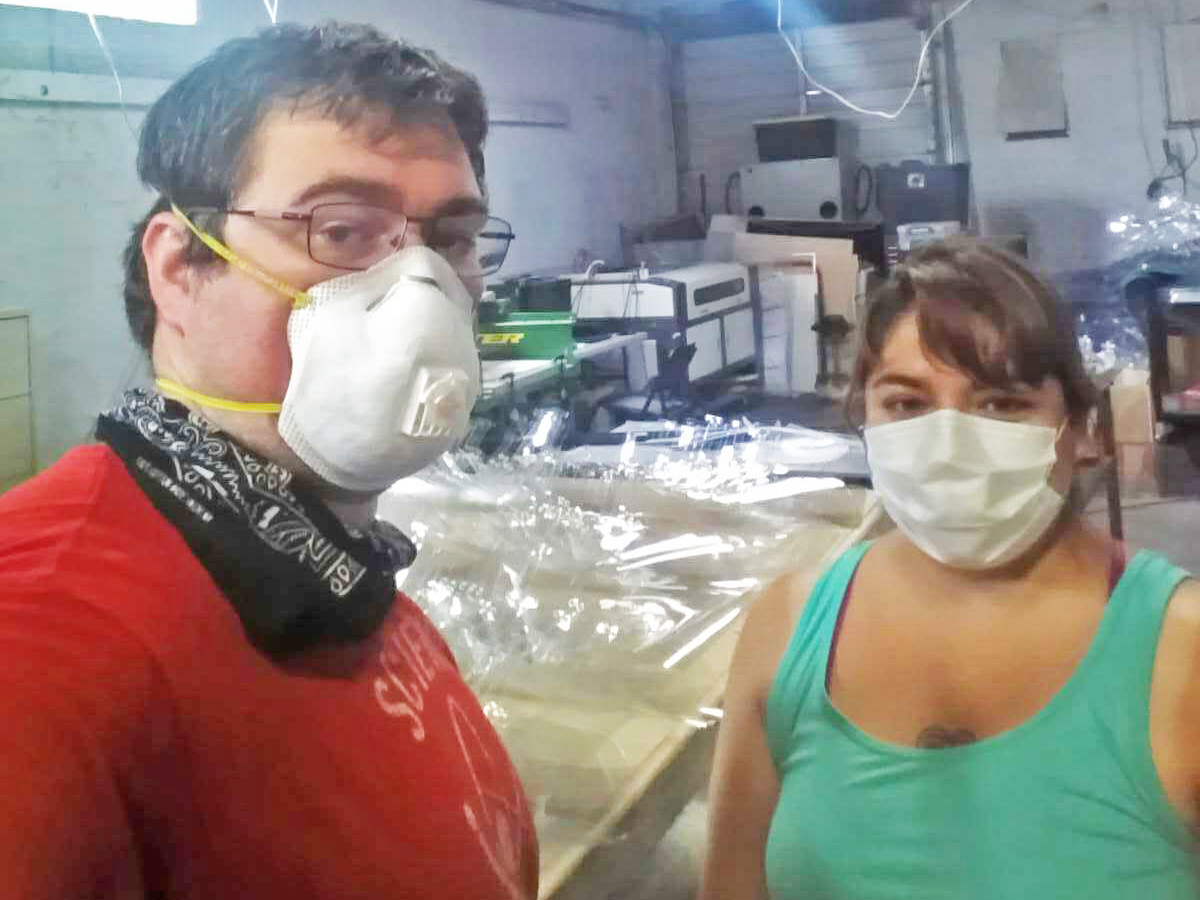 Members of UTD community volunteer to produce face masks
