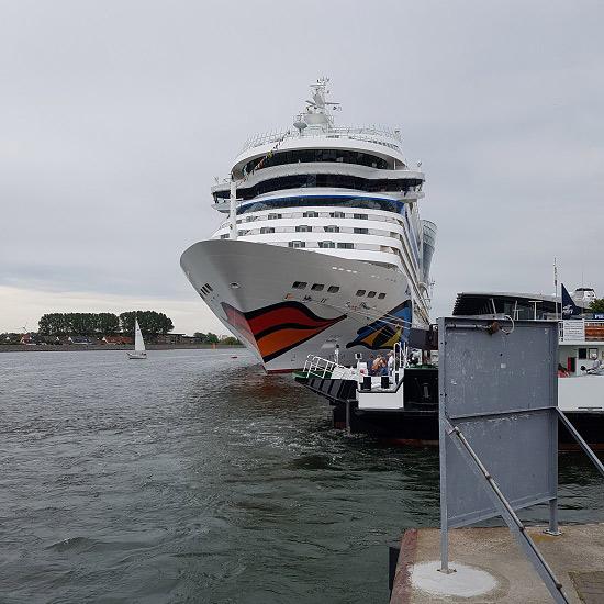 Weltreise Schiff