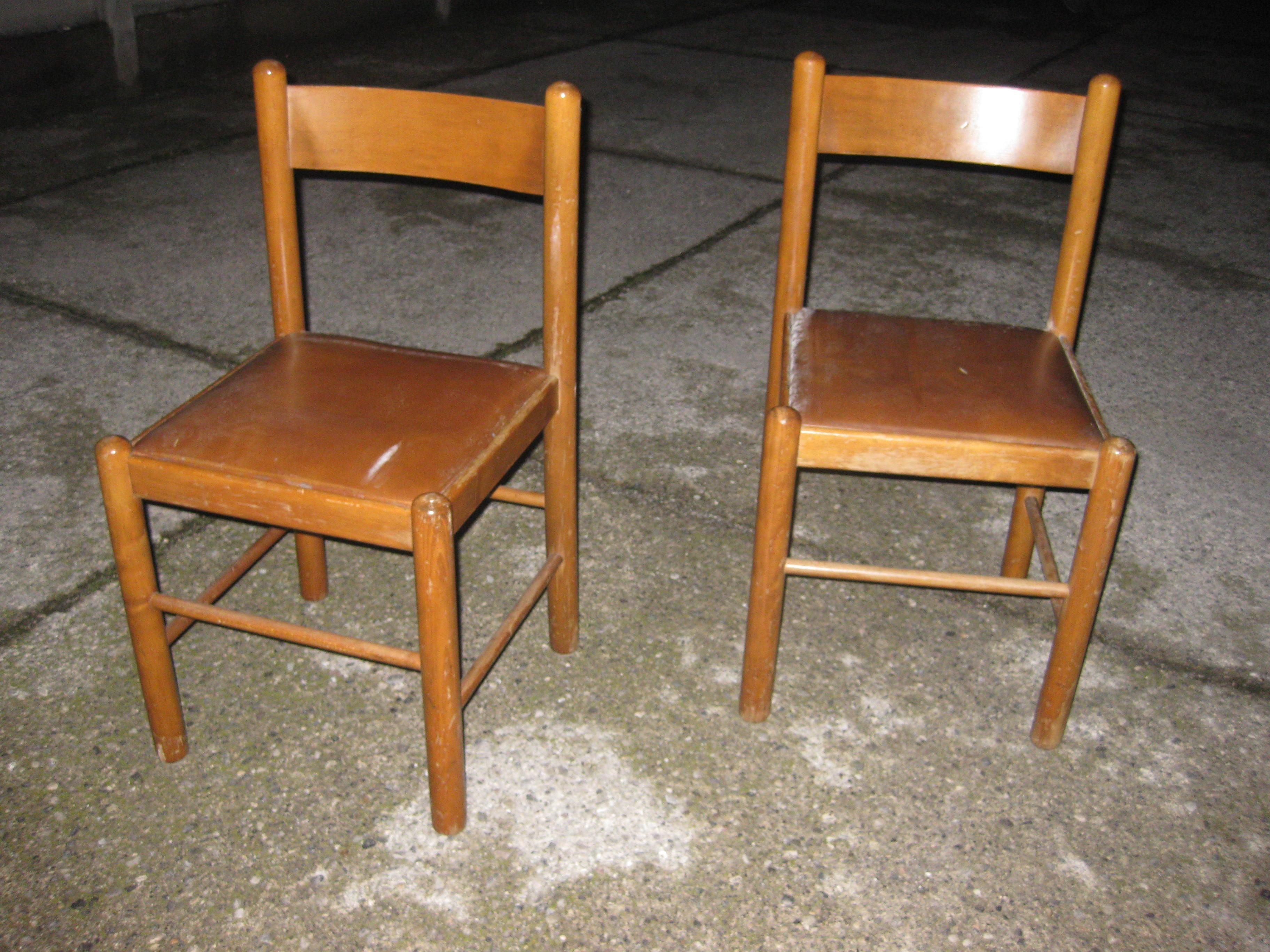 coppia sedie legno e similpelle  UTILEUSATO