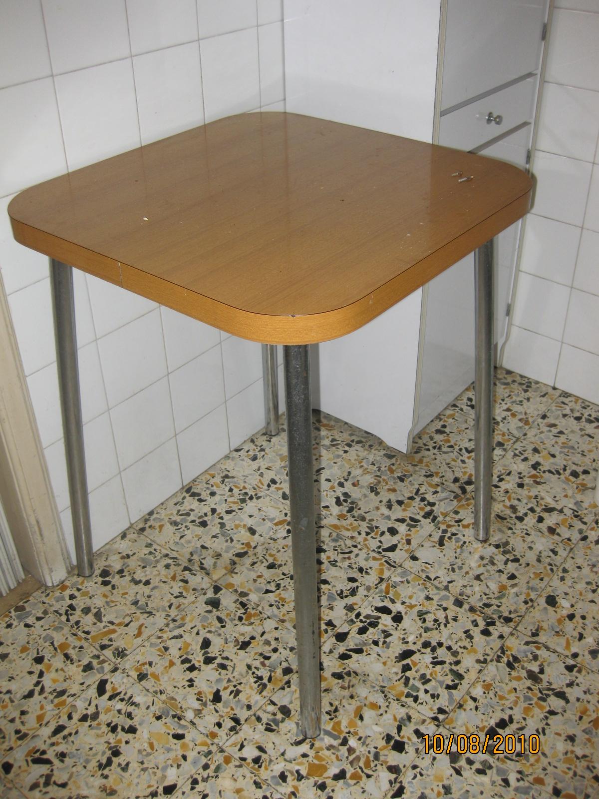 tavolo cucina piccolo nocciola  UTILEUSATO