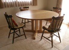 タモの無垢丸テーブル140cm直径