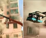 Construction worker saves people in burning building