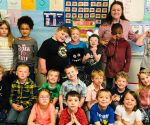 Entire School Learns Sign Language After New Deaf Student Arrives