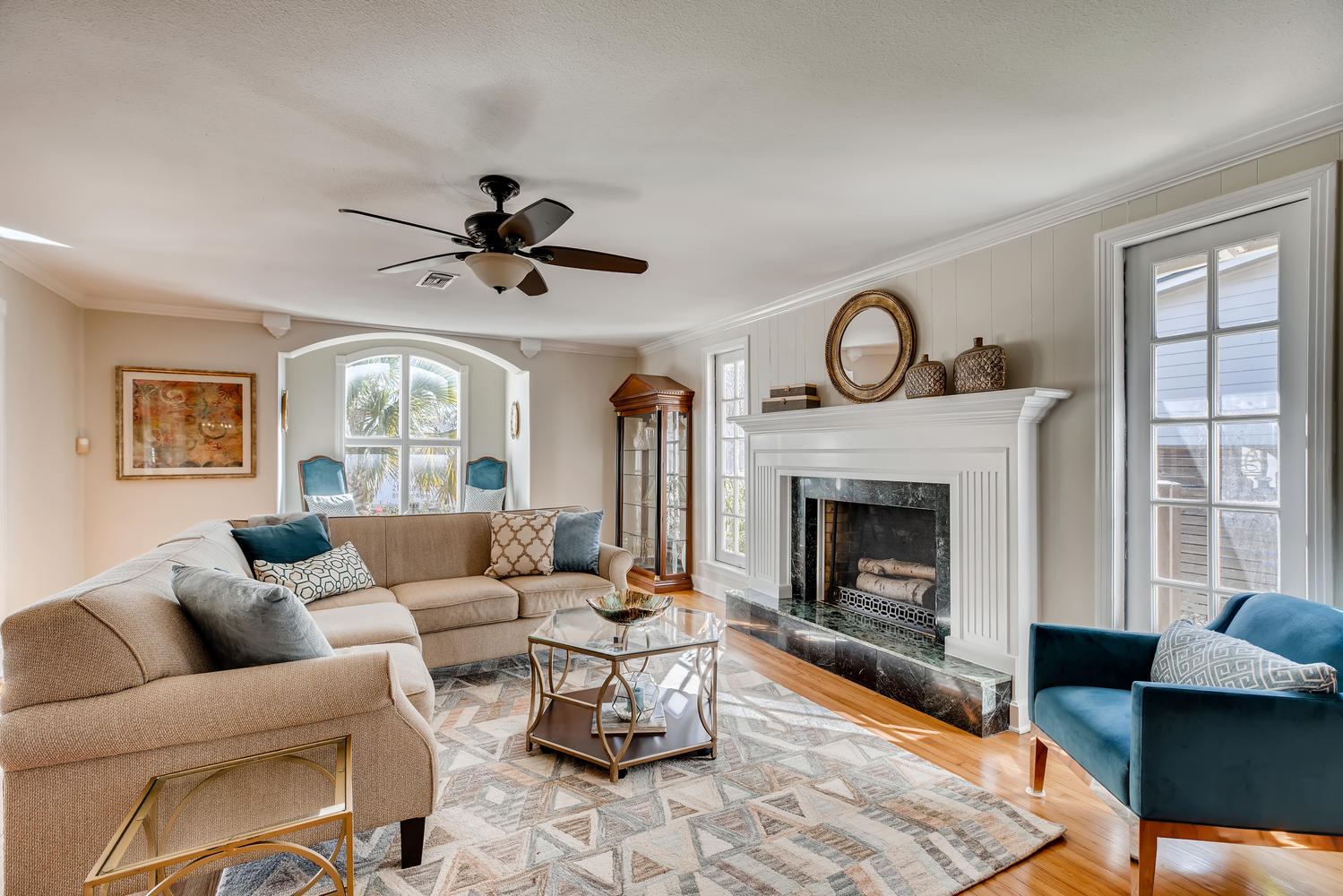 Full home staging in Las Vegas, Nevada, featuring a living room