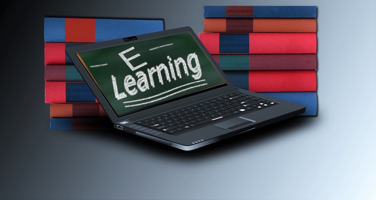 Laptop with e learning logo