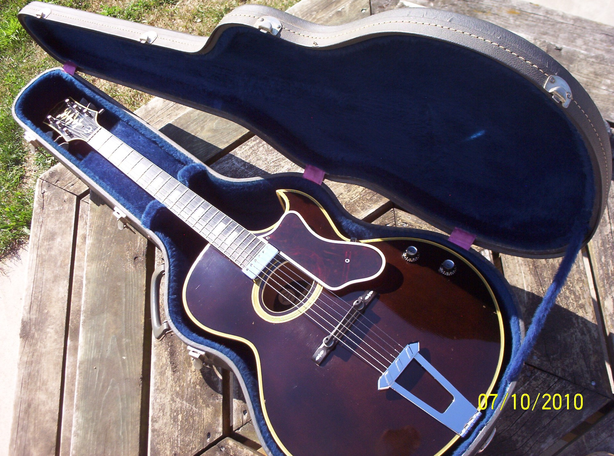 hight resolution of this guitar was previously owned by jazz guitarist edward eudimio marocco of new haven michigan and was sold to me by his guitarist son james rocco